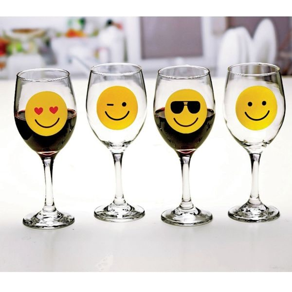 Circleware Emoji Wine Glasses Smile Face Tumbler Collection With Happy Winking Cool Love Set Of 4 13 Ounce Ea What On Earth Ta4432