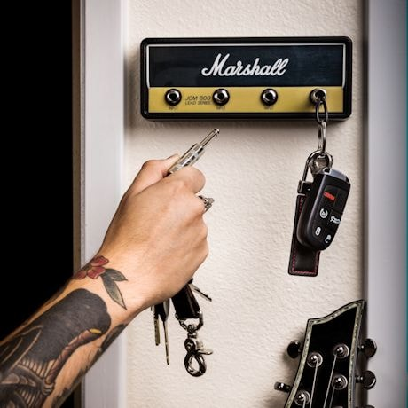 Marshall Amplifier Head Key Rack with 4 Guitar Cable Keychains