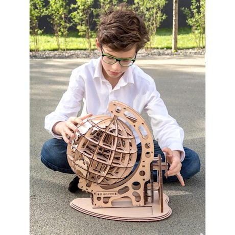 Mr. Playwood Wooden Mechanical Globe Puzzle Model
