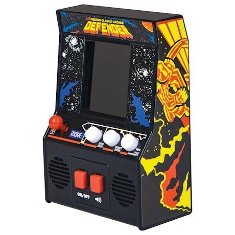 Retro Arcade Video Games - Defender