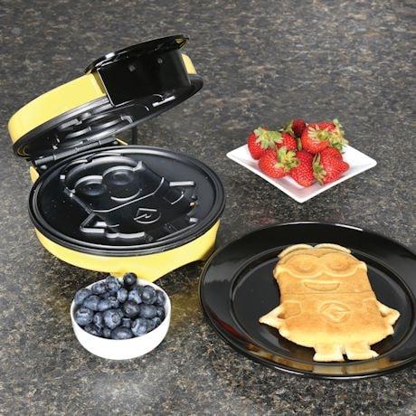 Minion Waffle Maker