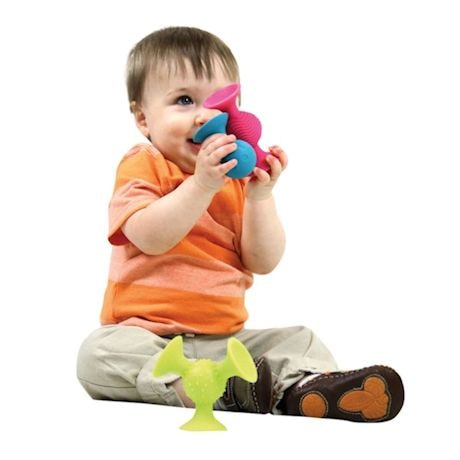 Fat Brain Toys pipSquigz Suction Building Set