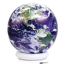 INFLATABLE ASTRONAUT VIEW GLOBE - MEDIUM