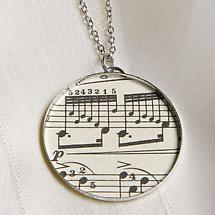 SHEET MUSIC PENDANT & CHAIN