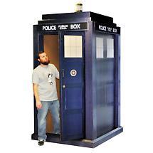 Life-Size Doctor Who Tardis